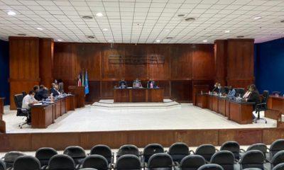 Dias d'Ávila: templos religiosos e academias podem se tornar setores essenciais