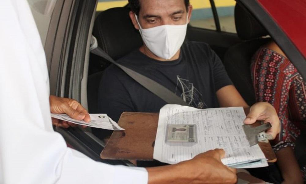Detran inicia drive-thru para entrega de CNH em Lauro de Freitas
