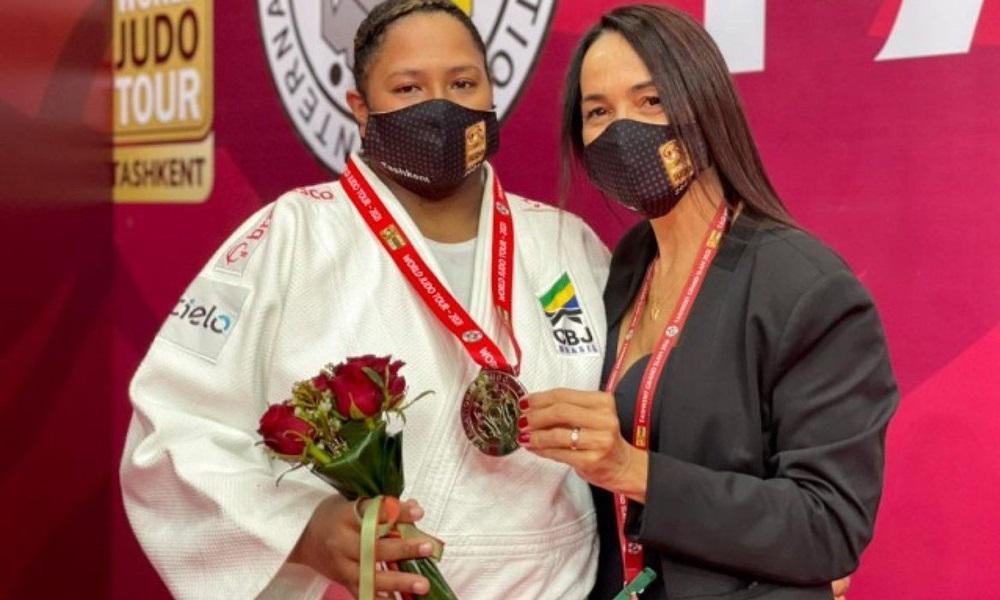 Beatriz Souza conquista medalha de prata no Grand Slam de Tashkent