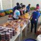 Seis toneladas de alimentos são distribuídas para famílias carentes em Dias d'Ávila