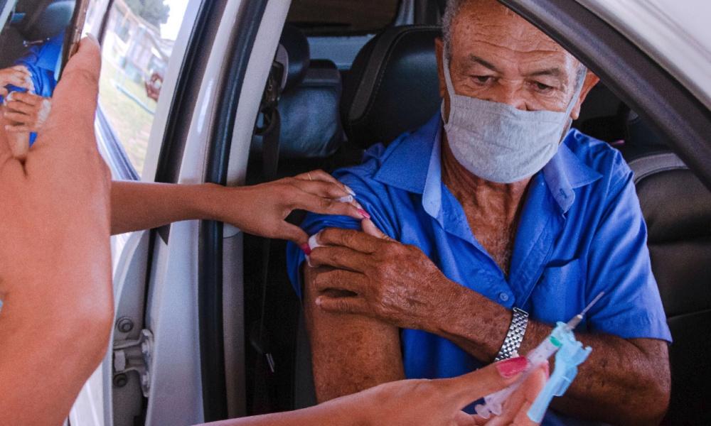 Camaçari retoma vacinação contra o coronavírus neste sábado