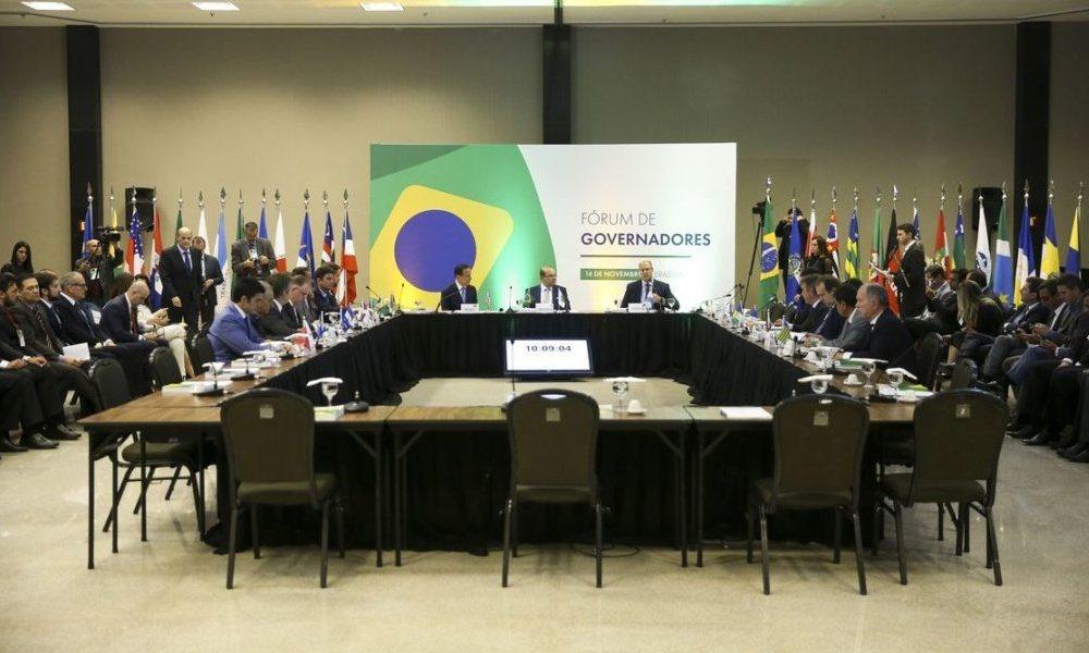 Fórum de Governadores assina pacto nacional pela vida e saúde