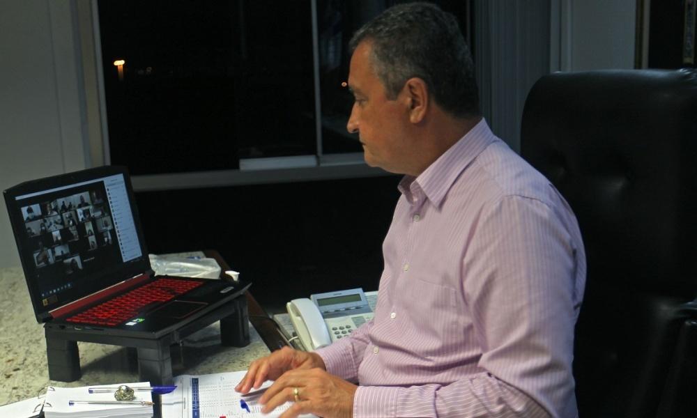 Transporte intermunicipal será suspenso no feriado da Semana Santa, afirma Rui Costa