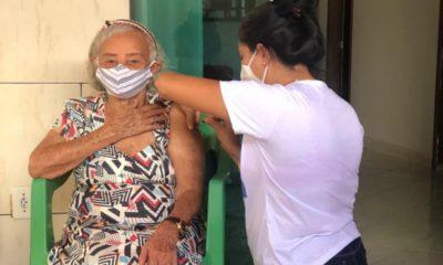 Dias d'Ávila inicia nova etapa de vacinação nesta quarta-feira