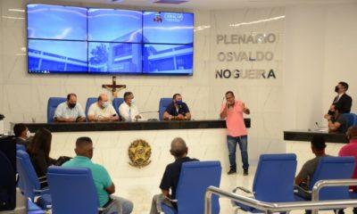 Comissão de Constituição e Justiça da Câmara de Camaçari se reúne com representantes do ligeirinho