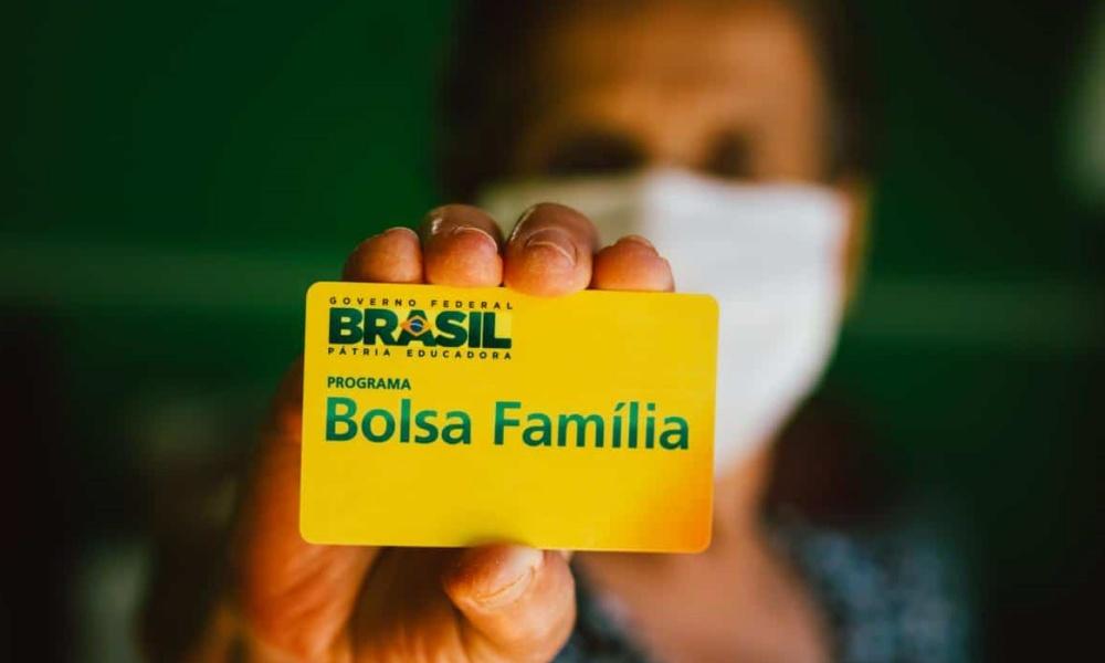Bolsa Família Itinerante atende moradores de Parafuso nesta semana