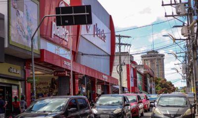 Dia dos Comerciários: confira o que abre e fecha em Camaçari nesta segunda-feira