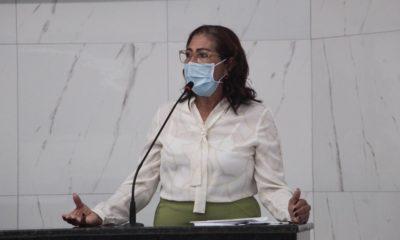 Fafá de Senhorinho solicita criação de centro de parto humanizado em Camaçari