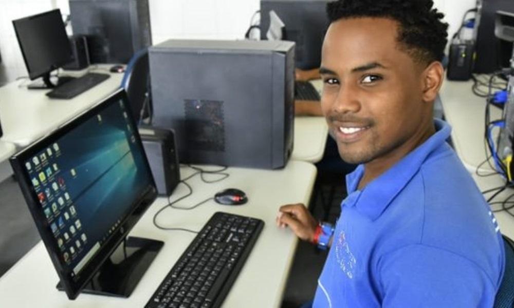 Estado abre 699 vagas para cursos online gratuitos da área de tecnologia