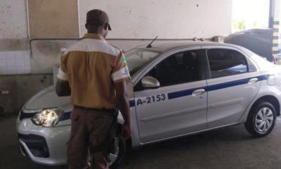 Taxistas devem realizar vistorias de circulação até esta sexta-feira em Camaçari