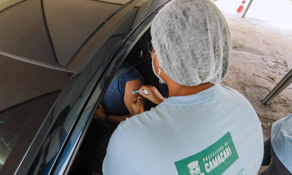 Saiba onde será a vacinação dos profissionais da educação de Camaçari com 40 anos ou mais nesta sexta-feira