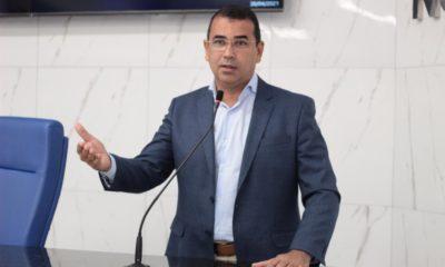 Júnior Borges lamenta baixo desempenho da educação pública à distância na Bahia