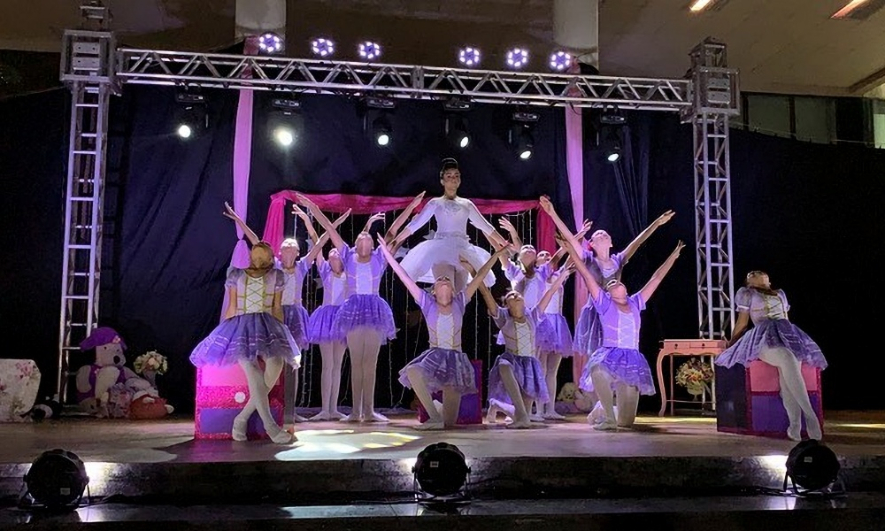 Escola de Ballet Diasdança está com inscrições abertas para ballet, dança moderna e contemporânea