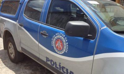 Veículo com restrição de roubo é recuperado pela polícia na Via Parafuso