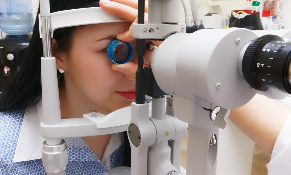 Abril Marrom: especialista alerta sobre doenças que afetam a visão