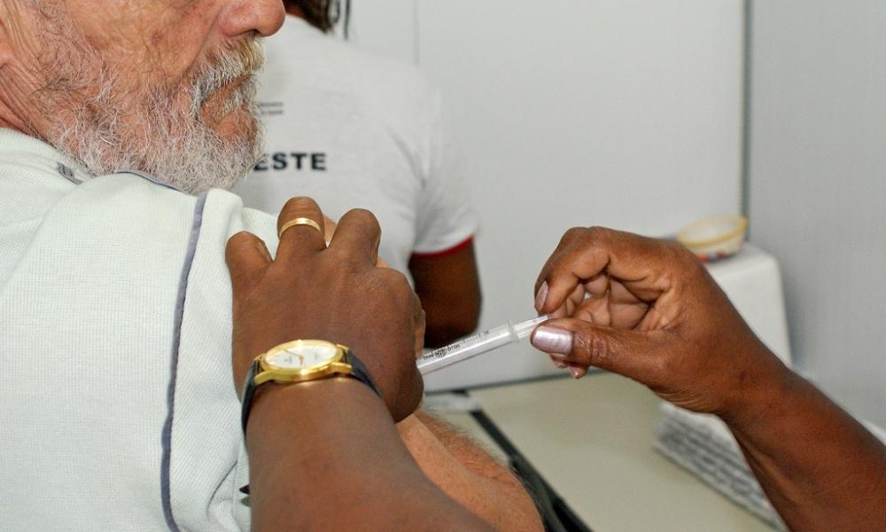 Campanha de vacinação contra gripe começa dia 12 de abril