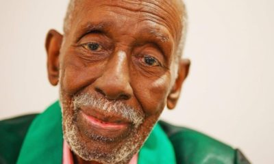 Sambista Nelson Sargento morre aos 96 anos vítima de Covid-19