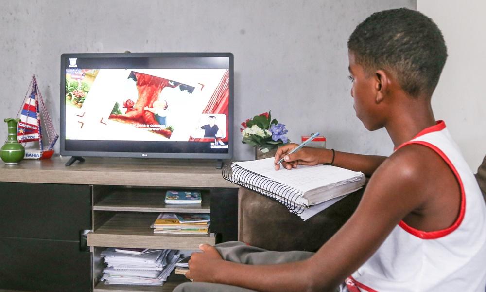Matrículas de novos estudantes para a rede municipal de Lauro de Freitas estão suspensas
