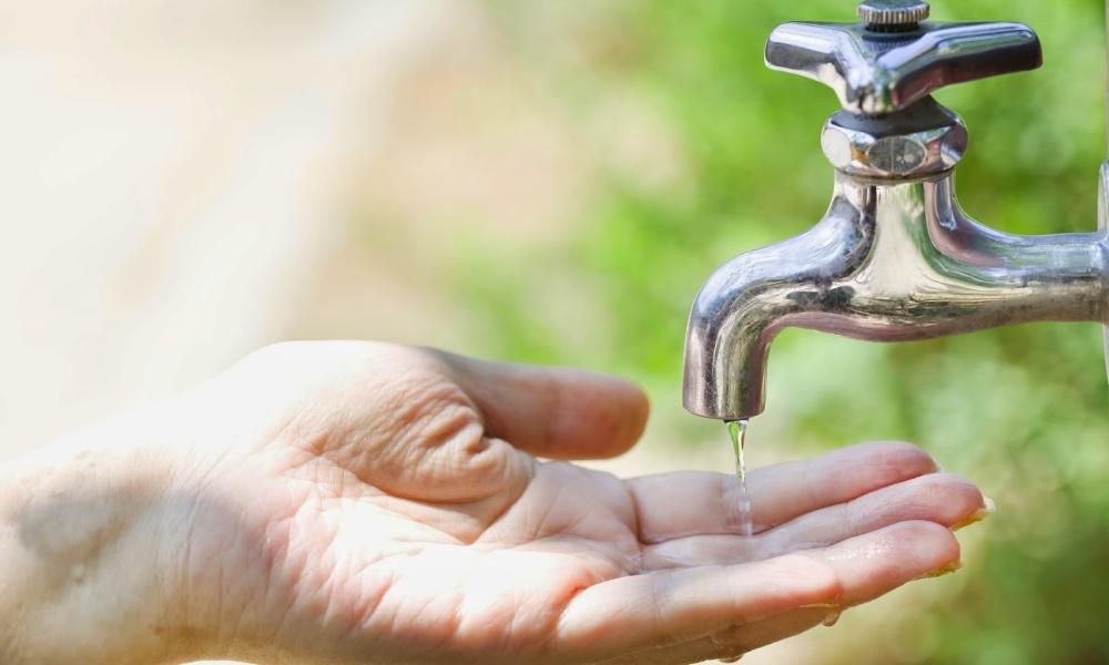 Fornecimento de água é interrompido em 33 bairros de Camaçari nesta quarta-feira