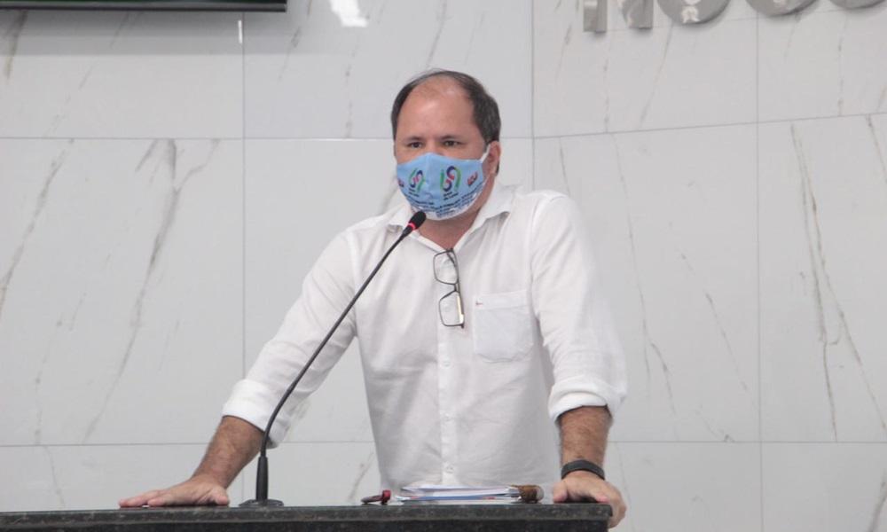 Retomada das aulas presenciais em Camaçari divide opiniões entre profissionais da educação e da saúde