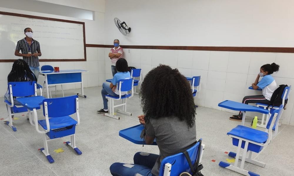 Prefeitura de Mata convoca professores de língua inglesa aprovados em REDA