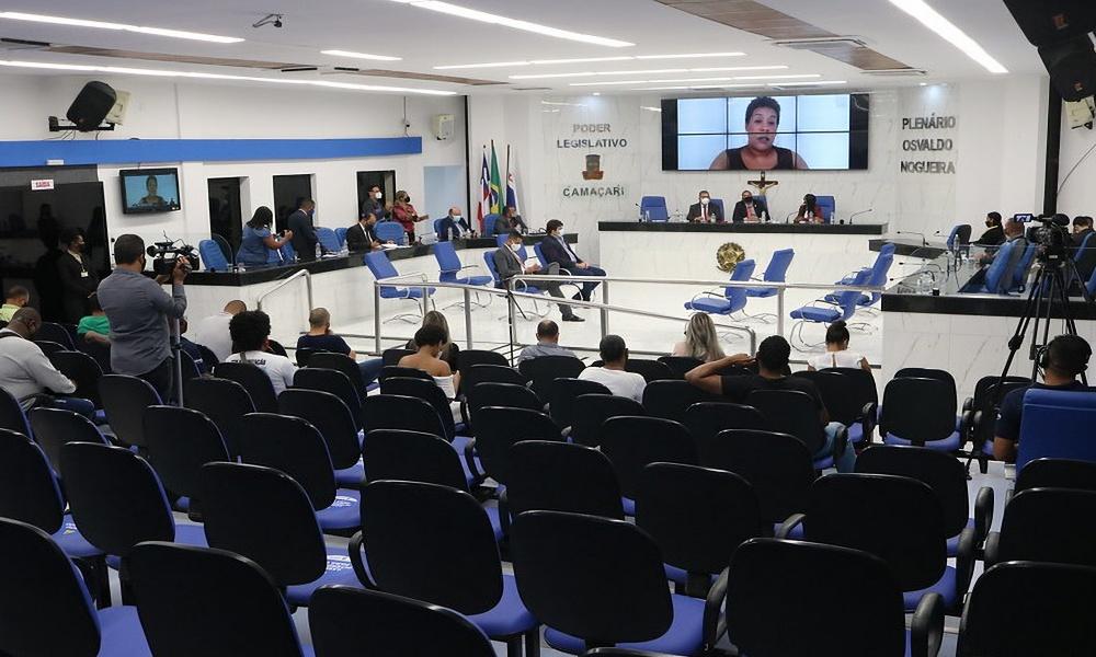 Em audiência pública, Câmara de Camaçari debate Dia do Trabalhador e geração de emprego
