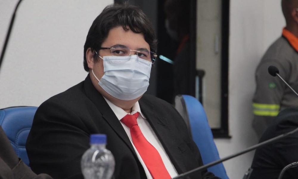 Tagner defende construção de centro comercial no Jardim Limoeiro