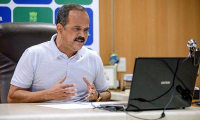 """""""Vamos dar este presente aos moradores de nossa cidade"""", afirma Elinaldo sobre hospital municipal"""