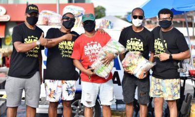 Mais de 50 famílias são beneficiadas com ação solidária do Samba na Praça em Camaçari
