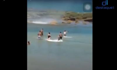 Vídeo: banhista registra tromba d'água em Jauá
