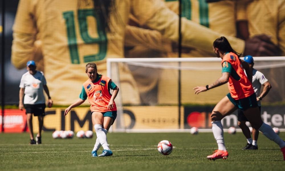 Pia comanda primeiro treino da Seleção Feminina nos EUA na preparação para Olimpíadas de Tóquio