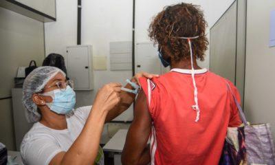 Covid-19: Salvador inicia imunização da população em situação de rua