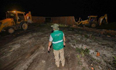 Operação da Sedur remove ocupação ilegal na costa de Camaçari