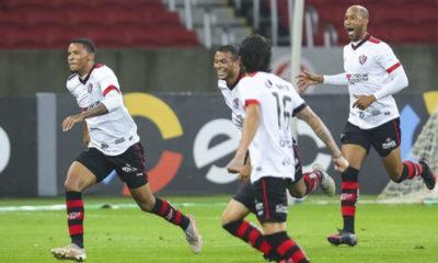 Copa do Brasil: Vitória faz história após vencer o Inter em Porto Alegre