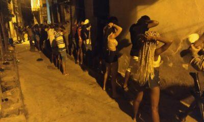 Festa paredão com 150 pessoas e drogas é encerrada pela polícia em Portão