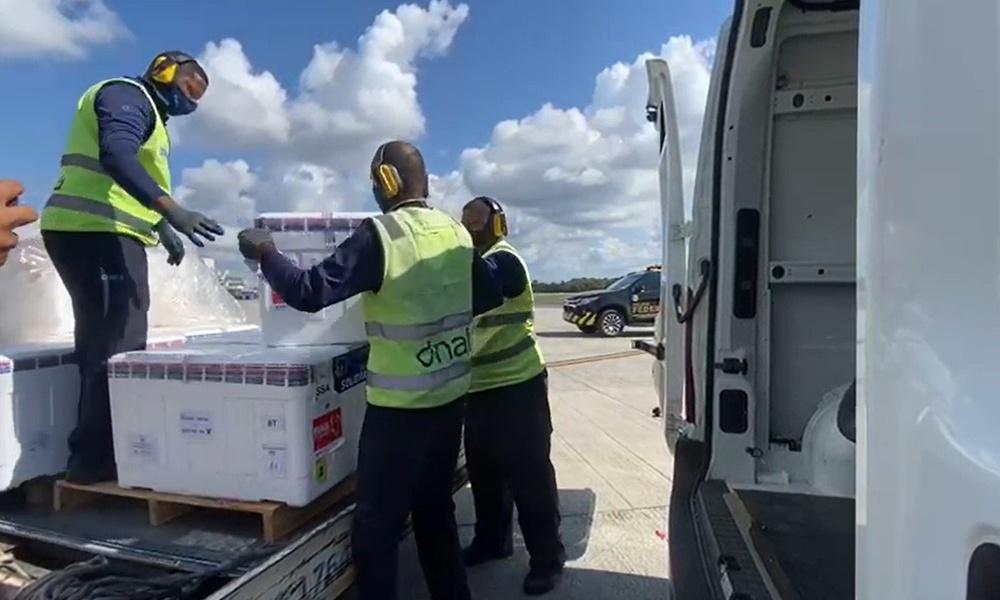 Bahia recebe novo lote com 143.400 doses da CoronaVac