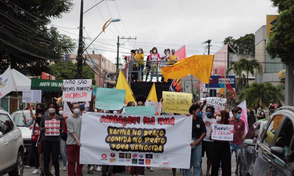 Fotorreportagem: camaçarienses vão às ruas em manifestação contra Bolsonaro