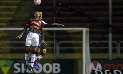 Brasileirão: Vitória perde para o Botafogo e continua na zona de rebaixamento