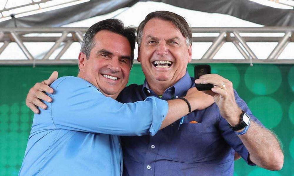 Bolsonaro deve anunciar mudança ministerial na segunda-feira