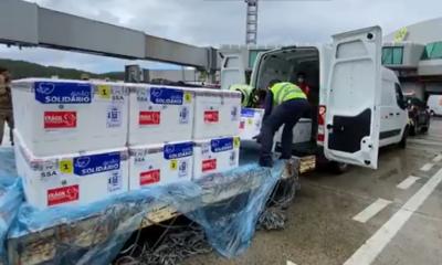 Carga com 61.800 doses de CoronaVac chega à Bahia