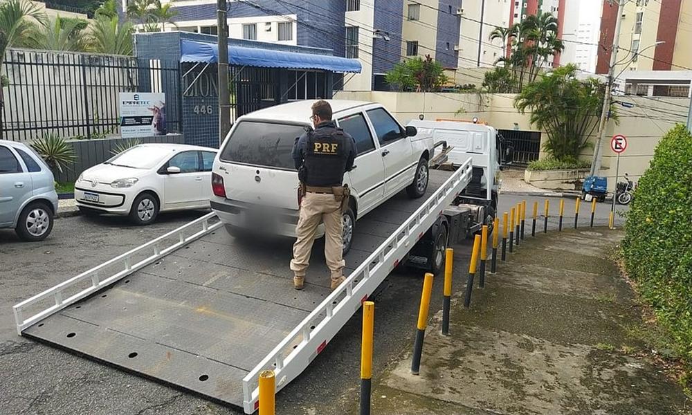 Operação Dublê: delegada é afastada por suspeita de auxiliar quadrilha de roubos de carros