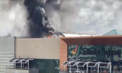 Incêndio de grande proporção atinge praça de alimentação no Salvador Shopping