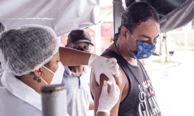 Vacinação contra Covid-19 está suspensa em Lauro de Freitas por falta de doses