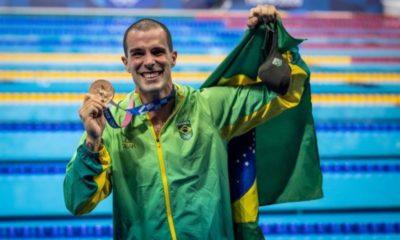 Bruno Fratus conquista a medalha de bronze nos 50m livre nos Jogos Olímpicos