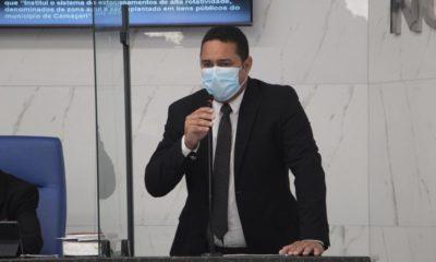 Com indicação de Herbinho, vereadores discutem implantação de zona azul em Camaçari