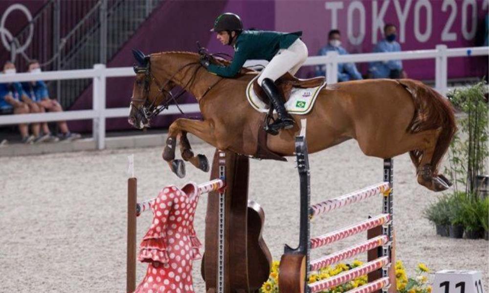 Hipismo brasileiro garante vaga na final do salto por equipes nas Olimpíadas de Tóquio