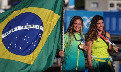 Martine Grael e Kahena Kunze se consagram bicampeãs olímpicas na vela