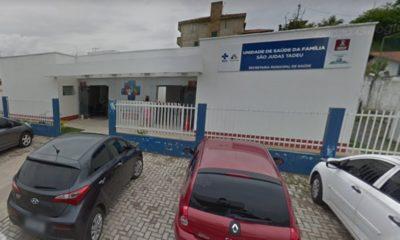 Dupla assalta pacientes e funcionários de posto de saúde em Lauro de Freitas