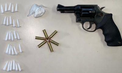 Homem é detido com 26 pinos de cocaína e uma arma de fogo no Jardim Limoeiro