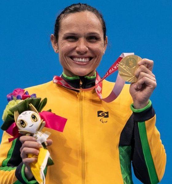 Tóquio: Carol Santiago fatura ouro e Gabriel Bandeira leva prata na natação